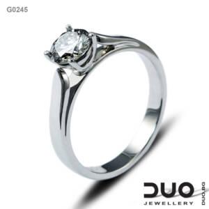 Годежен пръстен G0245- Годежен пръстен от бяло злато и диамант