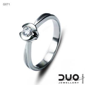 Годежен пръстен G071- Годежен пръстен от бяло злато и диамант