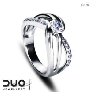 Годежен пръстен G076 - Годежен пръстен от бяло злато с диаманти