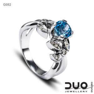 Годежен пръстен G082- Годежен пръстен от бяло злато с диаманти