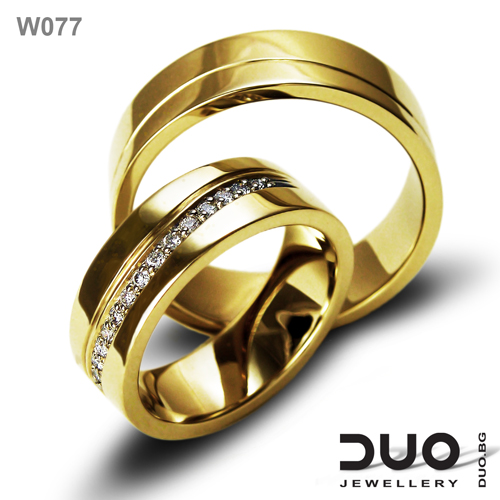 Брачни халки W077 - Венчални халки от жълто злато с диаманти