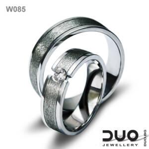 Брачни халки W085 - Венчални халки от бяло злато с ювелирни циркони